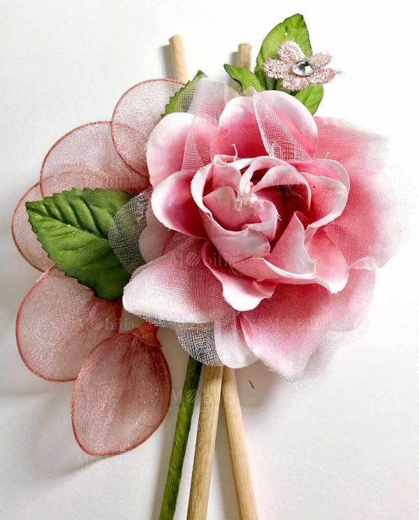 fiore rosa con racchette portaconfetti