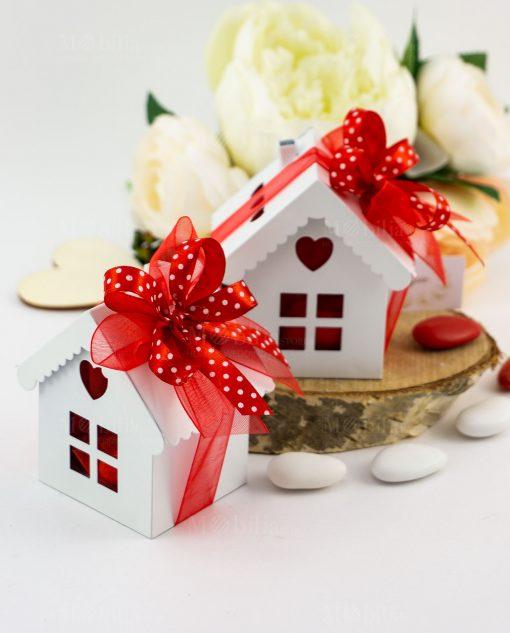bomboniera casetta metallo bianca con cuore e doppi fiocchi rosso organza e rosso raso a pois bianchi