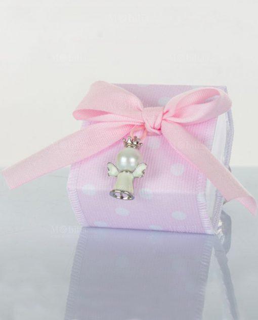 scatola rosa con ciondolo cuorematto