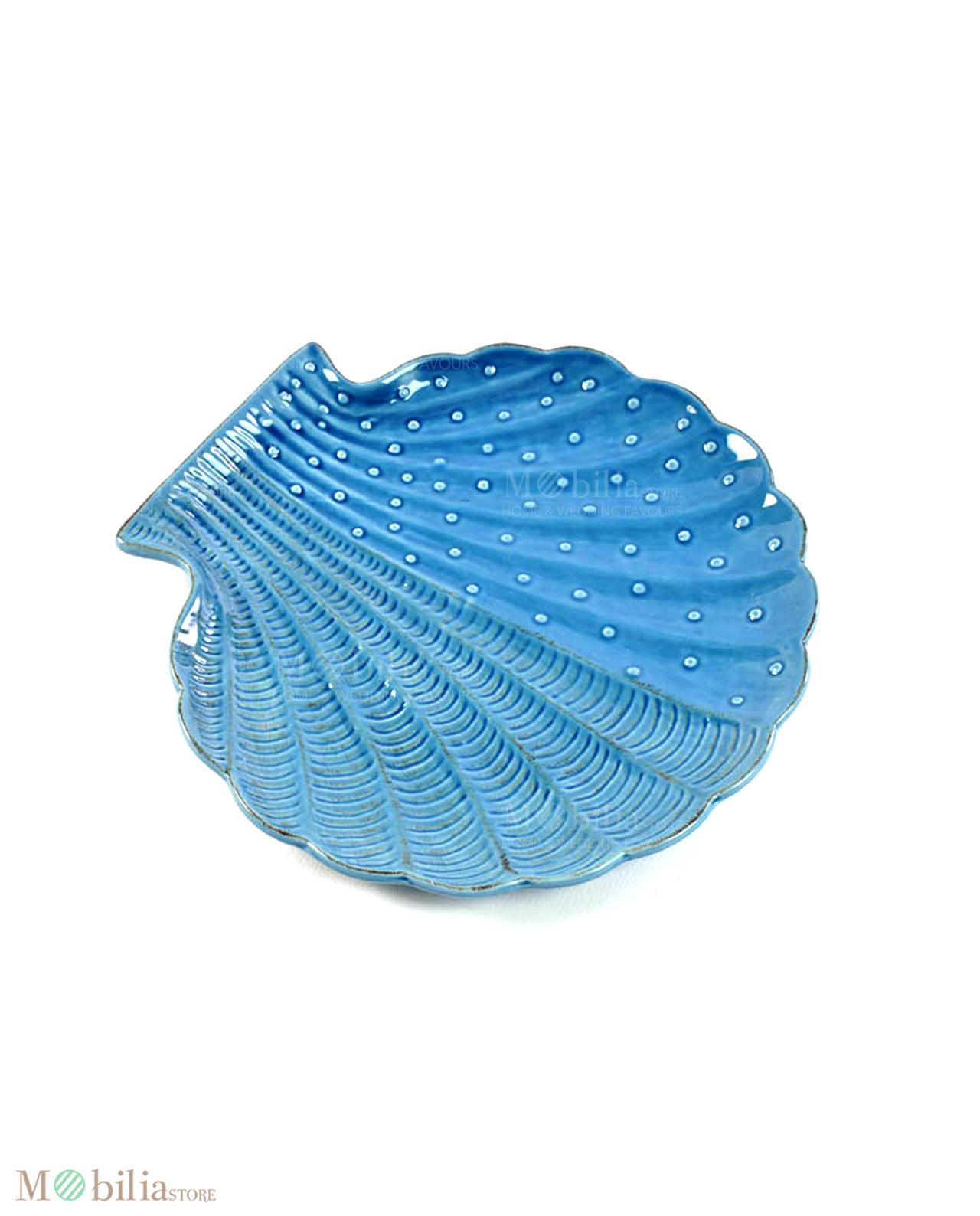 Piatti a forma di conchiglia blu in ceramica for Casa a forma di v