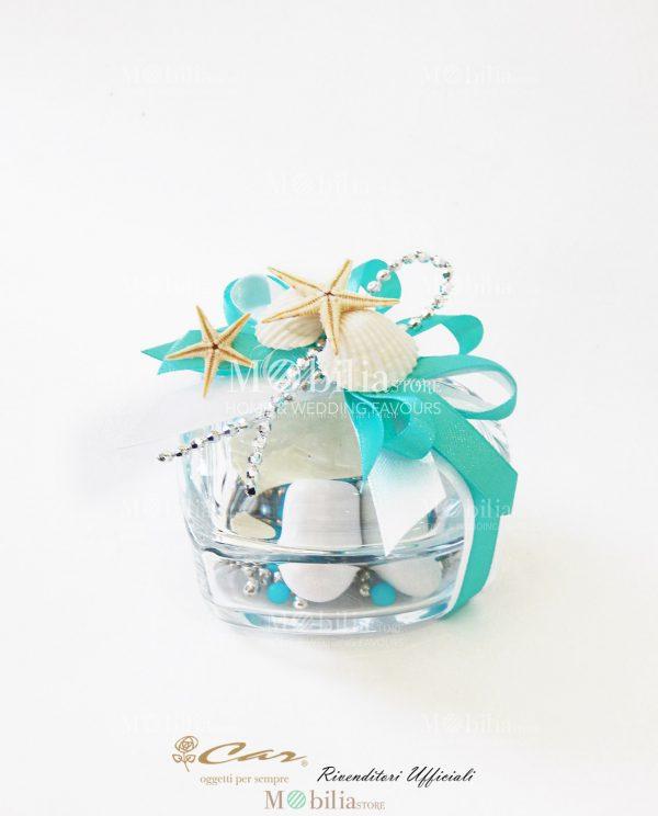 scatolina vetro a forma di cuore con conchiglie