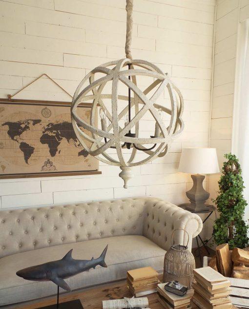 lampadario sferico in legno