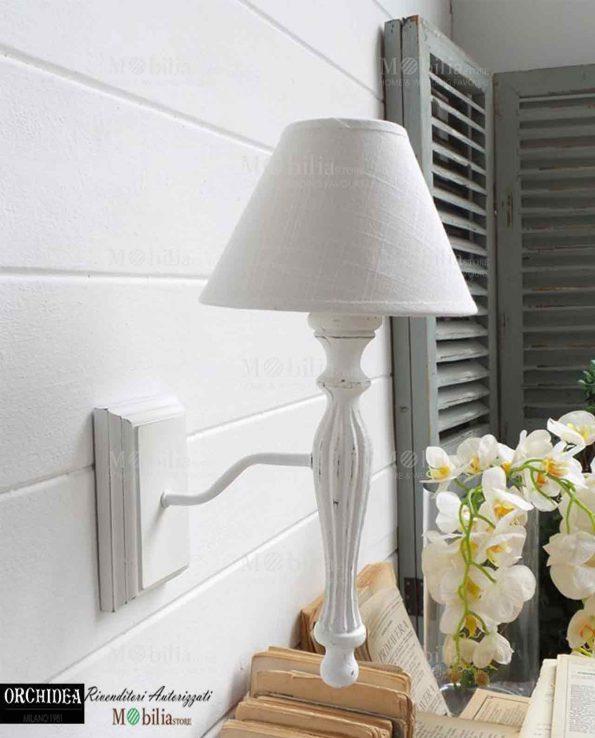 Applique da parete legno bianco in offerta mobiliastore for Applique da parete legno