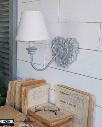 Applique da parete legno decapato cuore