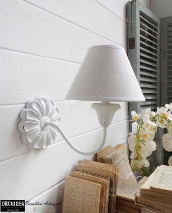 Applique da parete intagliata legno in promozione for Applique da parete legno