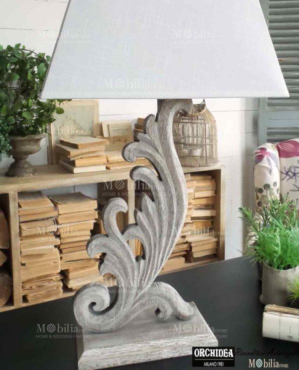 Lampada da tavolo legno con decori in offerta mobiliastore for Tavolo legno bimbi
