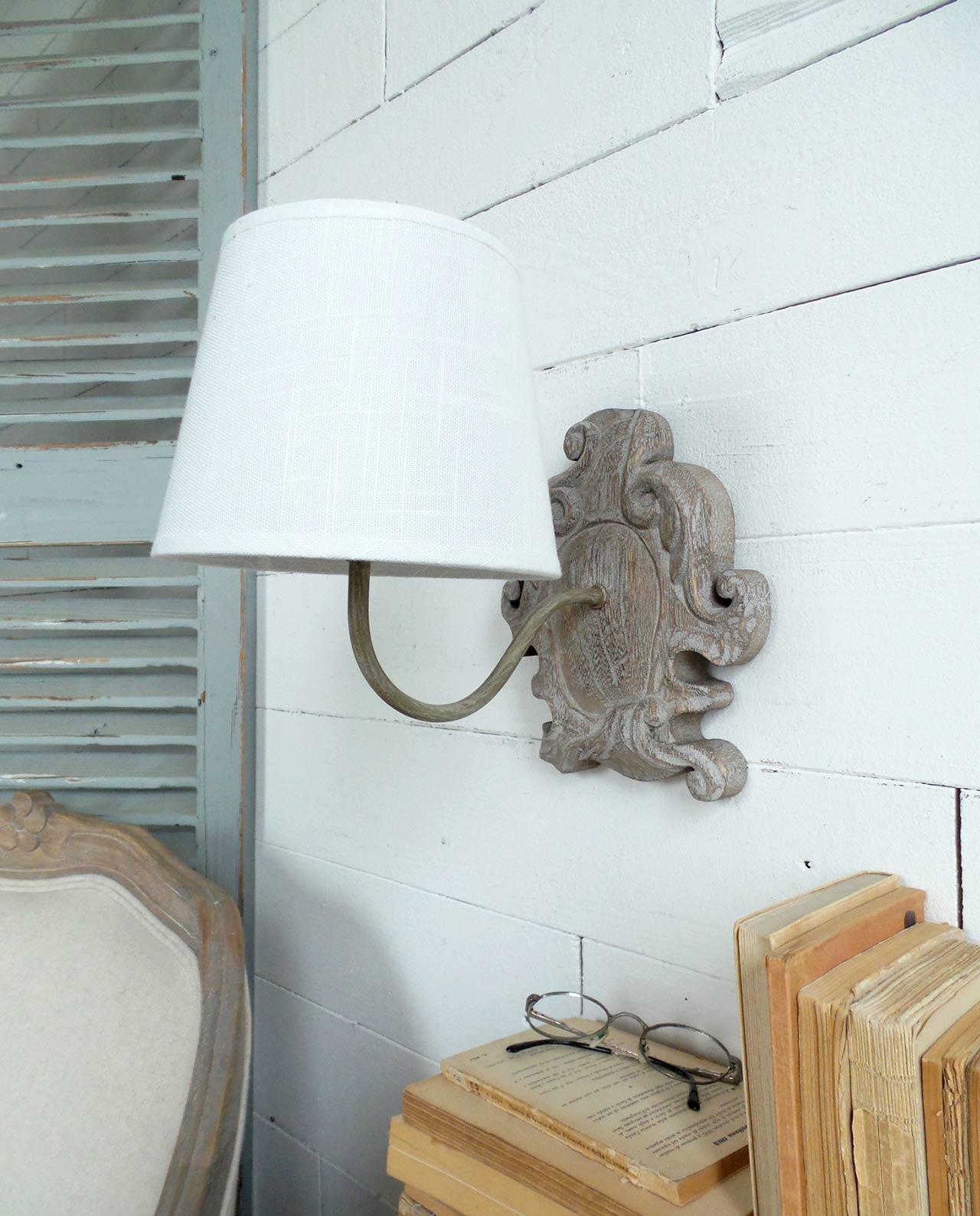 applique da parete legno con bordi irregolari mobiliastore. Black Bedroom Furniture Sets. Home Design Ideas