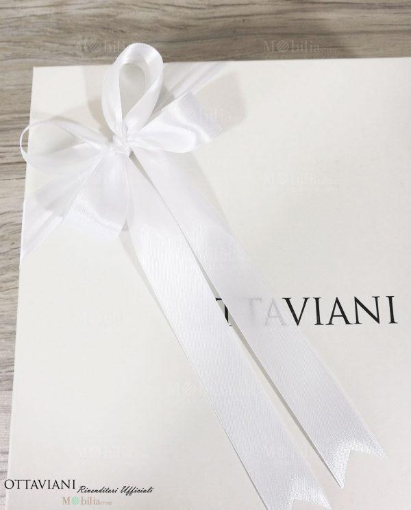 bomboniera scatola ottaviani confezionata con nastro bianco