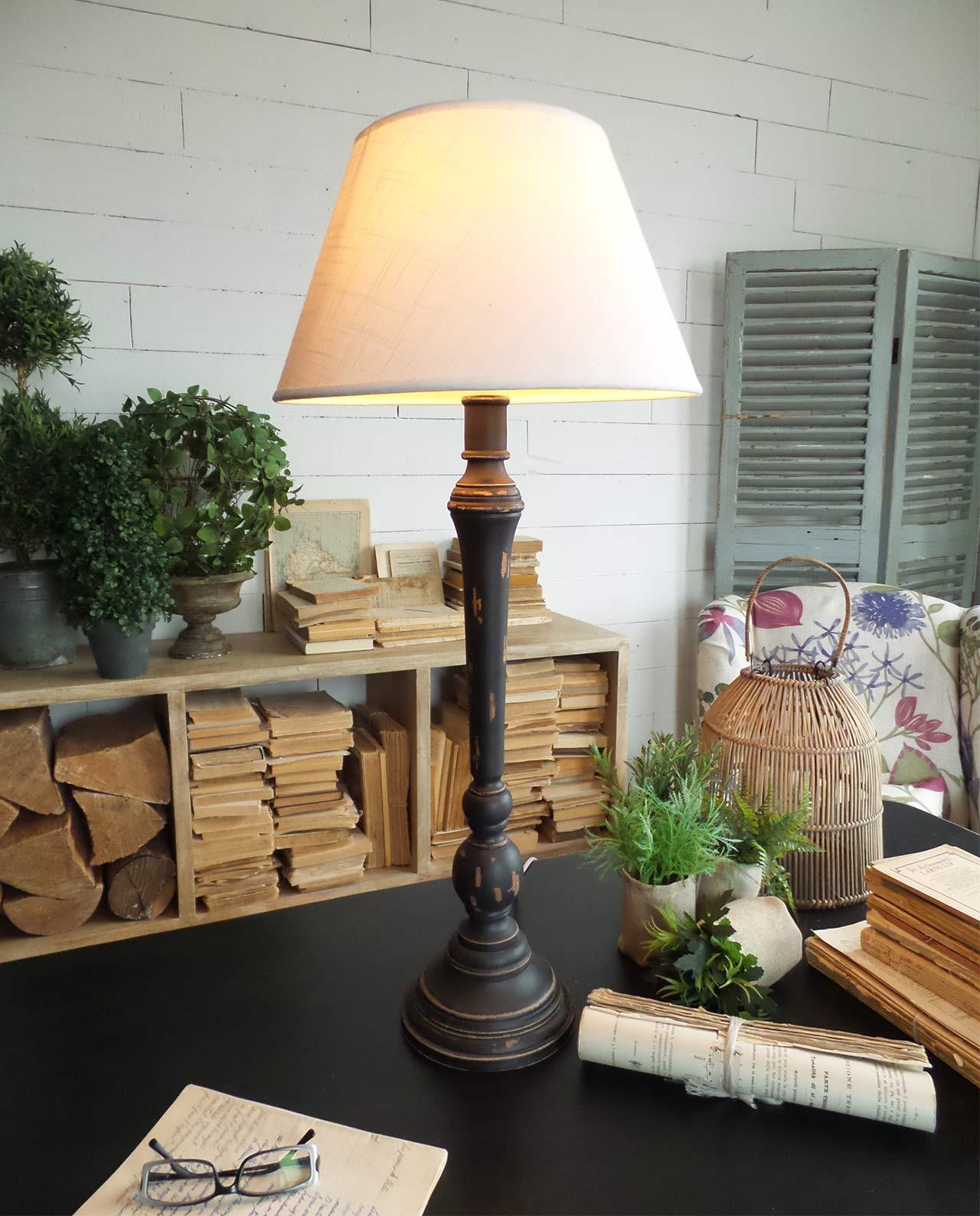 Lampada legno decapato in offerta mobiliastore - Lampade da tavolo in legno ...