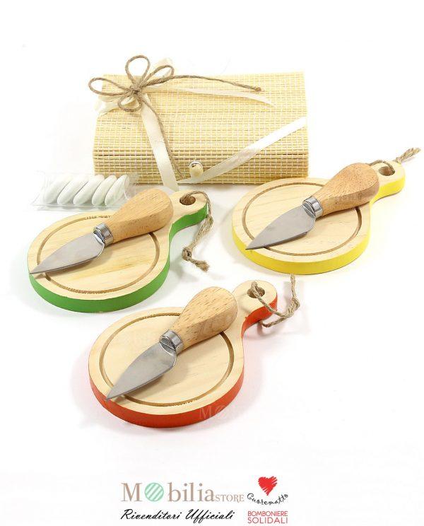 bomboniera tagliere legno con coltellino da formaggio cuorematto