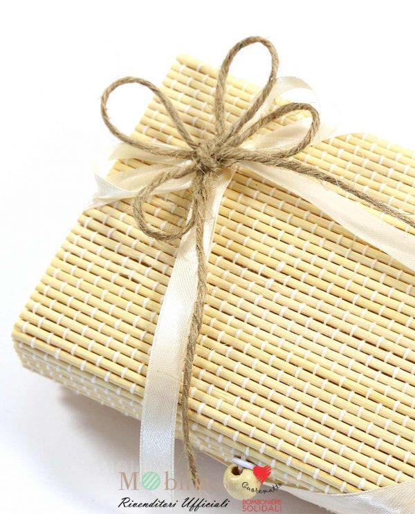 Bomboniere Utili Solidali Tagliere Legno e box bamboo Cuorematto
