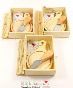 bomboniere solidali taglieri piccoli in legno cuorematto
