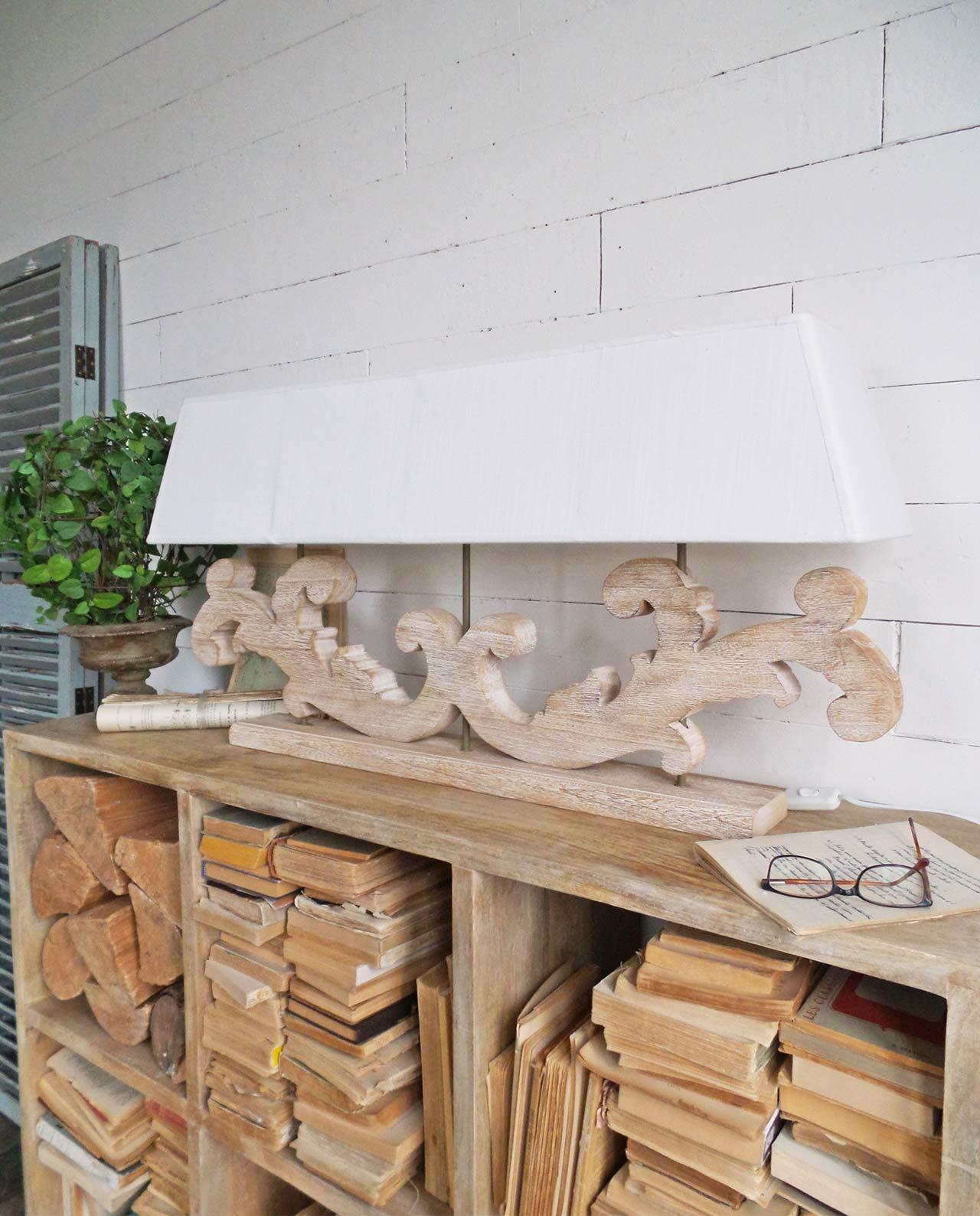 Lampada da tavolo legno tre fiamme in offerta mobiliastore - Lampade da tavolo in legno ...