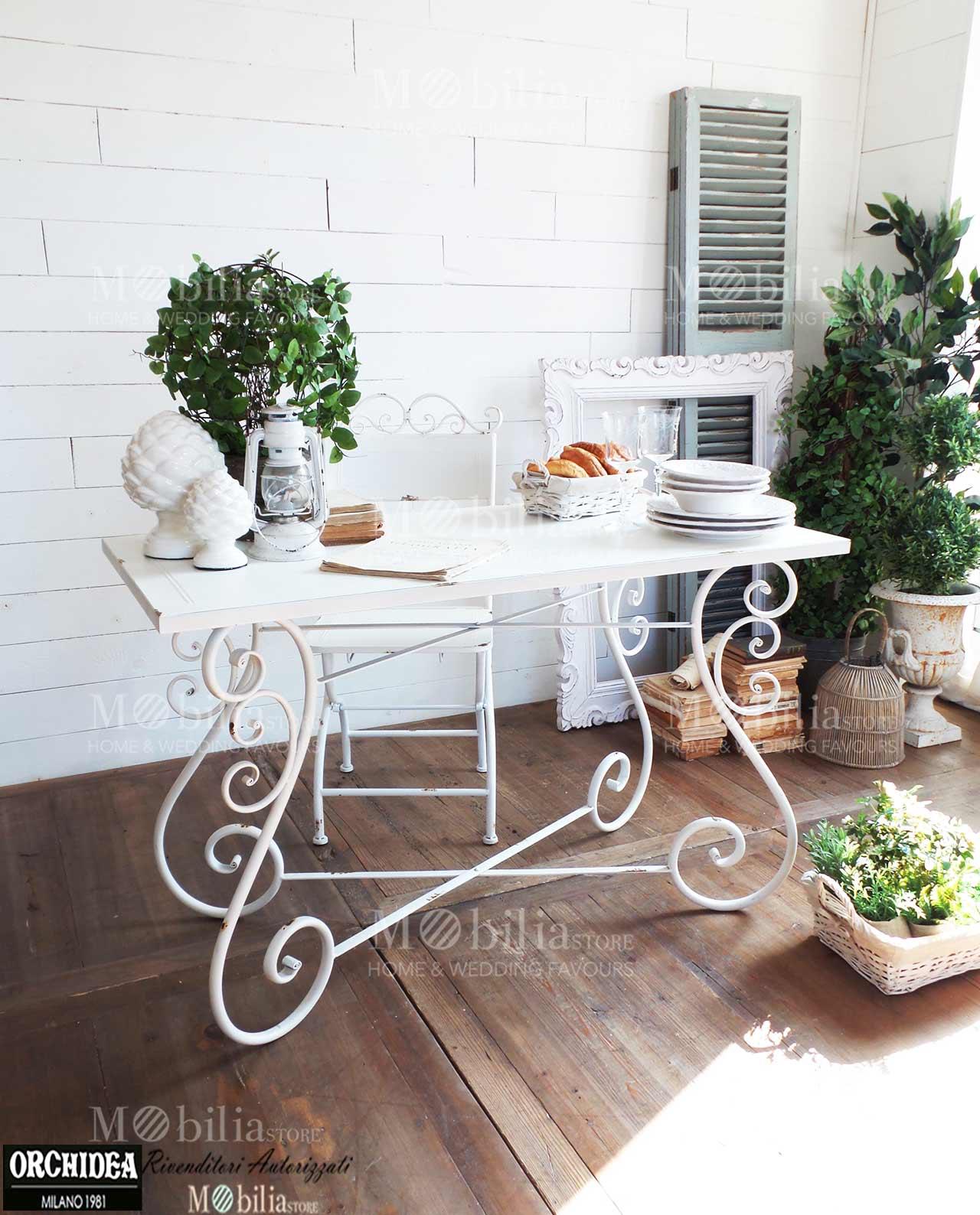 Mobili per esterno in ferro battuto design casa creativa - Tavoli in ferro battuto per esterni ...