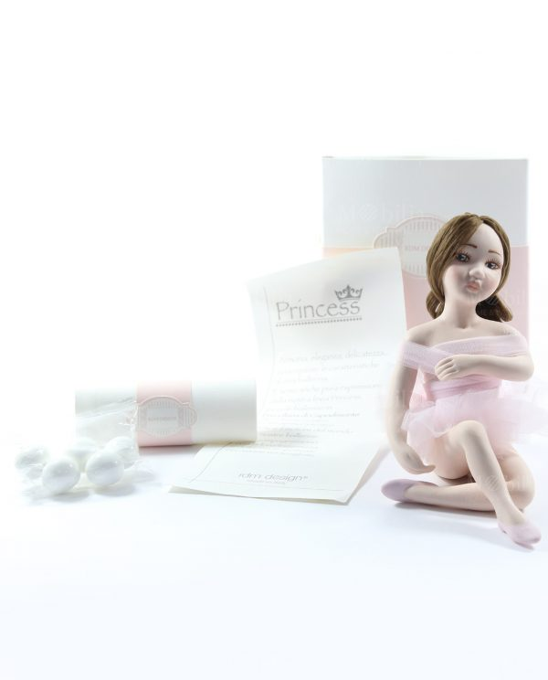 bomboniera ballerina seduta con tutù rosa scatola e confetti