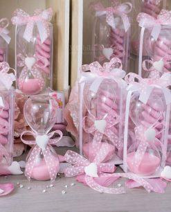 bomboniera clessidra vetro con sabbia rosa gessetto cuore scatola trasparente e confetti rosa