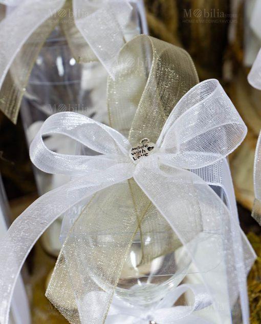 bomboniera clessidra vetro sabbia bianca dettaglio fiocco su scatola ciondolo cuore made with love