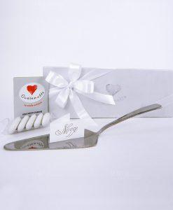 bomboniera paletta torta con scatola bianca e fiocchi cuorematto