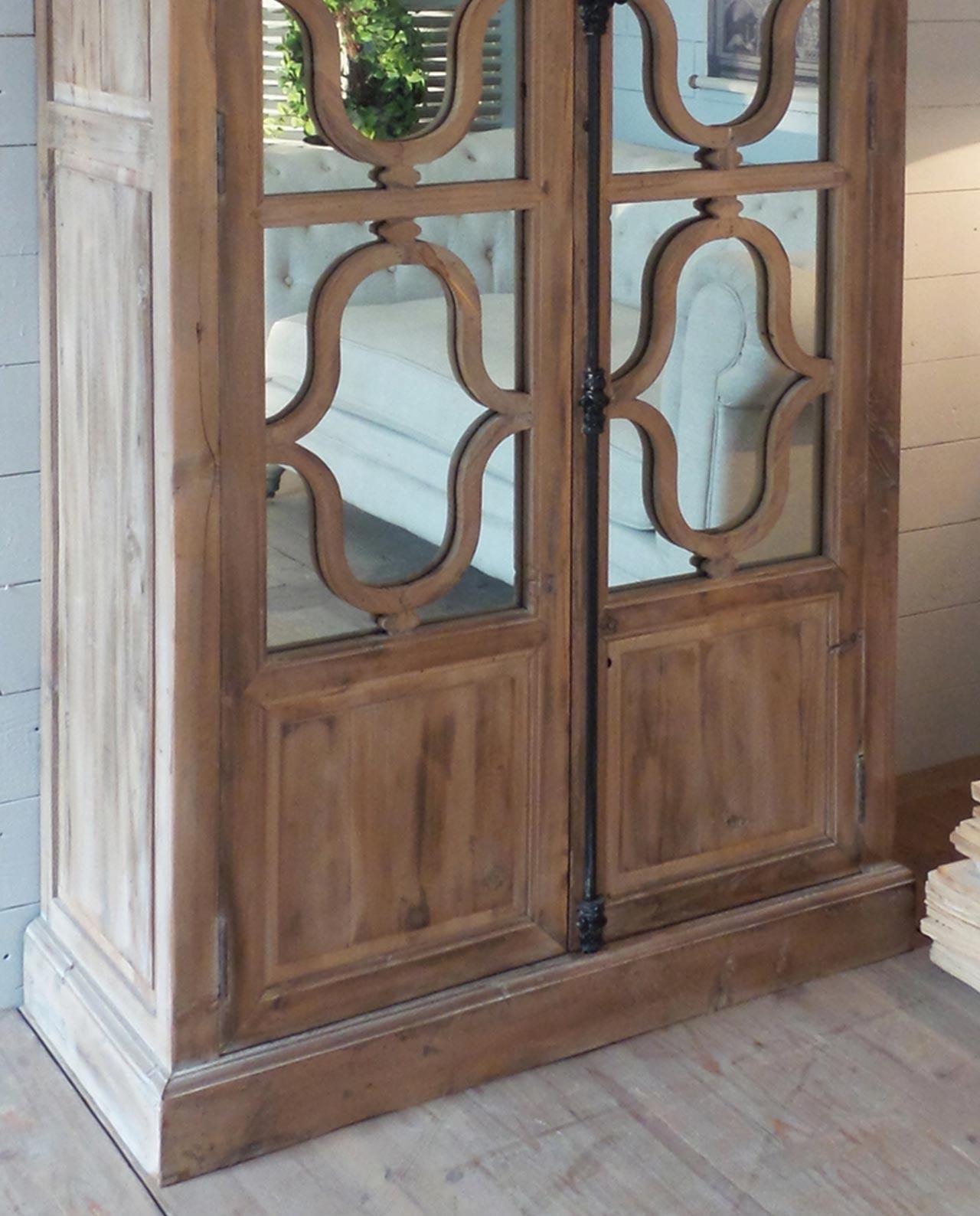 Arredamento vetrina soggiorno con specchi in legno for Vetrina soggiorno