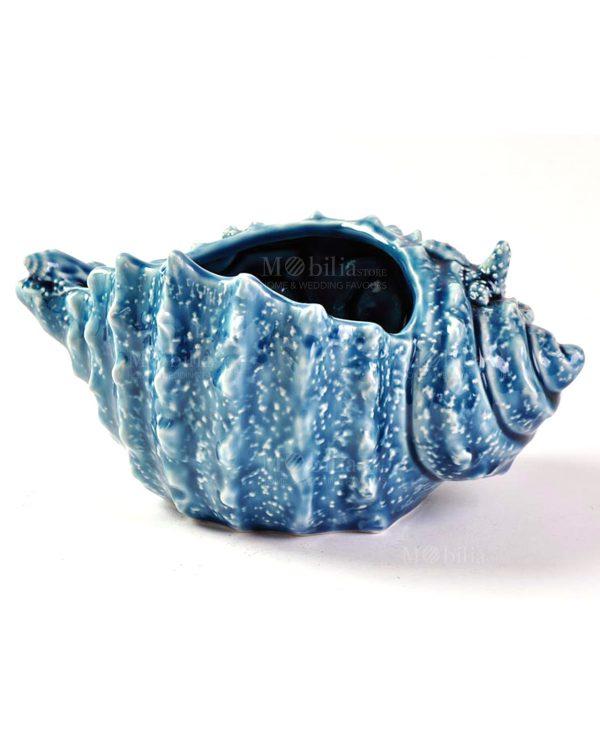 conchiglia blu decorata a rilievo