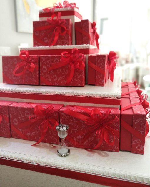 torta cartoncino con bomboniere laurea