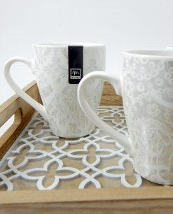 tazze in porcellana con decori assortiti