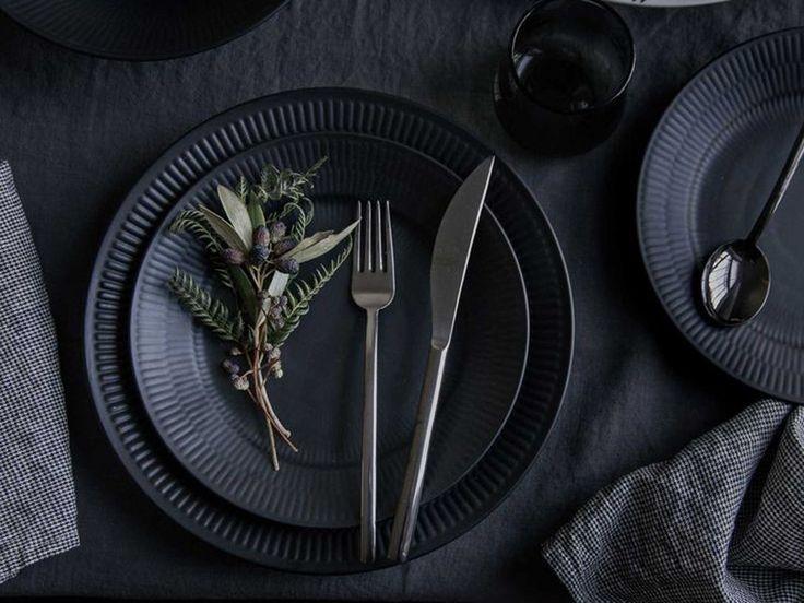 2bdf235b0fe32ea455349a7f51bc819a black dinnerware hitam