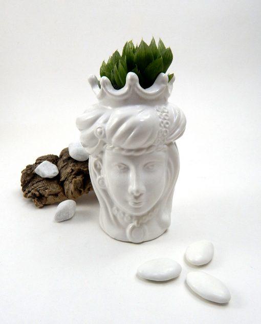 Testa di moro uomo e donna insieme ceramica di caltagirone bianca con pianta grassa