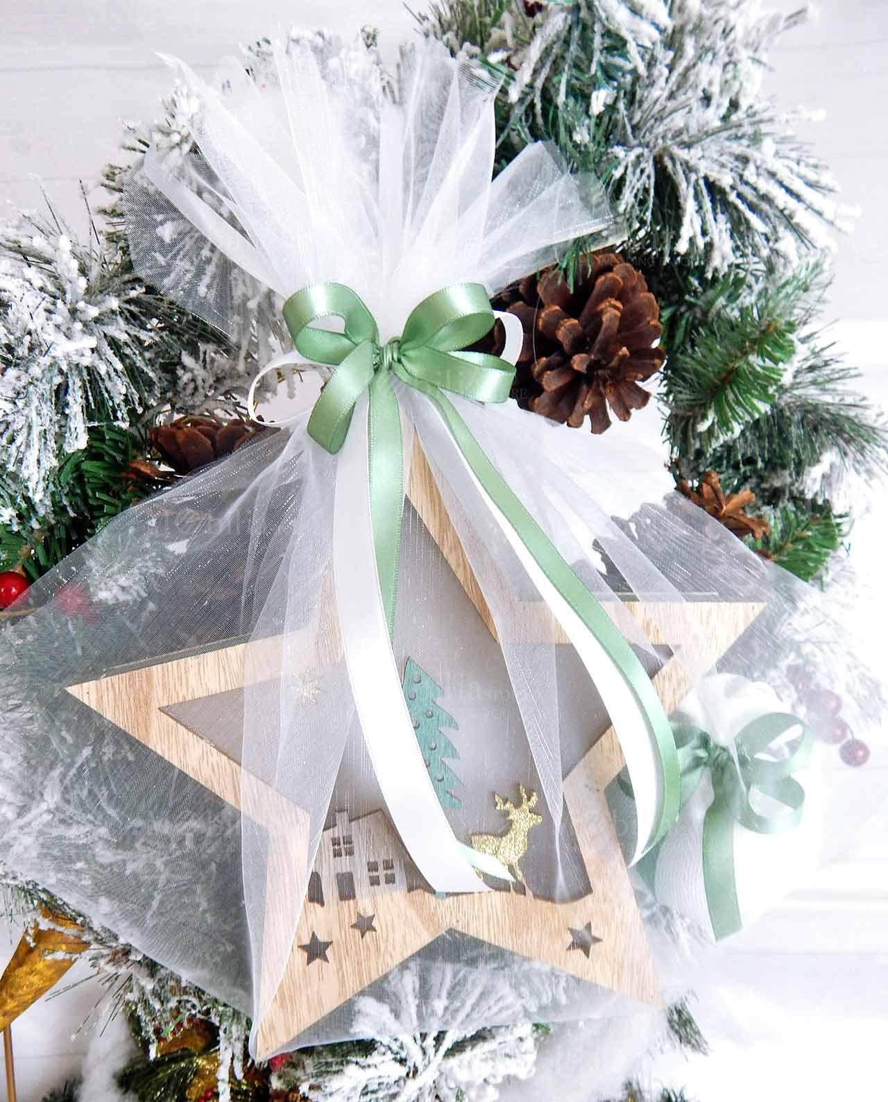 Stella Di Natale Luce.Bomboniera Stella Di Natale In Legno Con Led