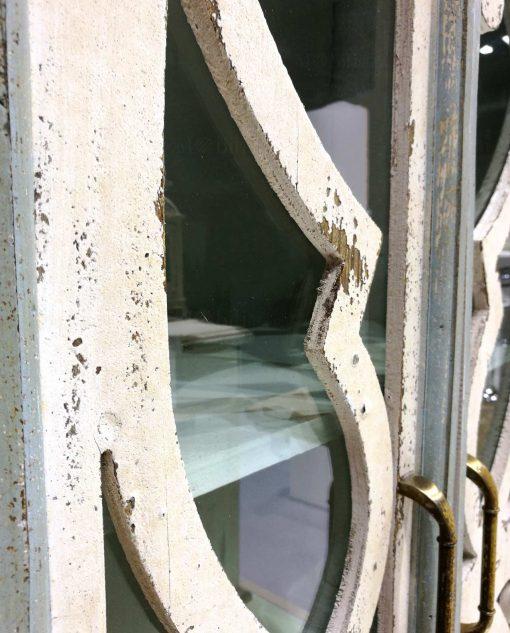 mobile vetrinetta in legno di abete decapato brandani