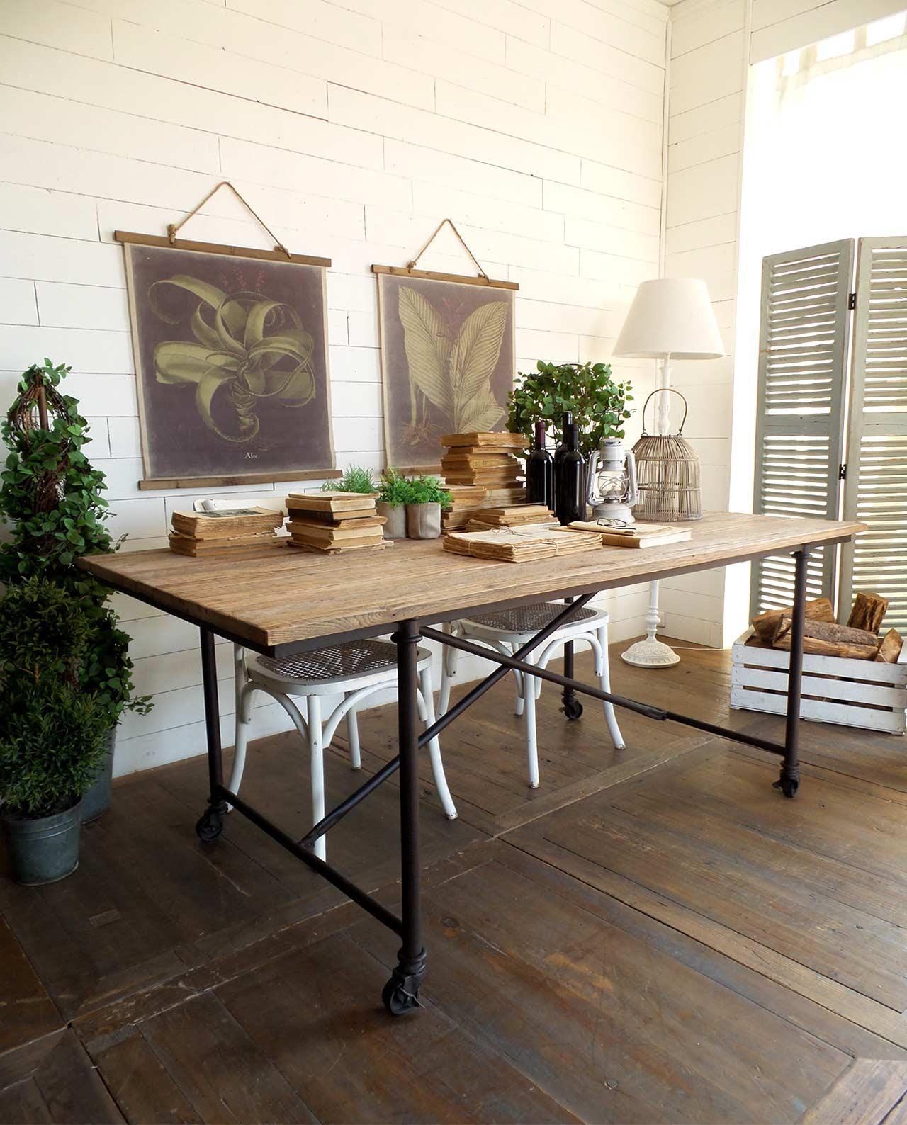 Tavolo industrial ferro battuto e legno con ruote mobilia store home favours - Tavolo legno e ferro ...