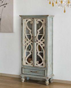 vetrinetta in legno di abete decapato e intagliato brandani