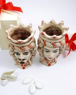 bomboniera di caltagirone teste di moro in ceramica con dettagli rossi