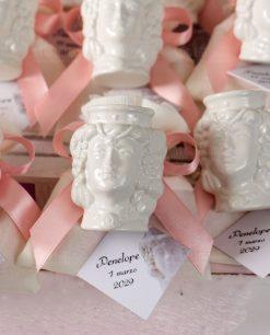 bomboniera portapiante testa di moro donna con fiocco rosa