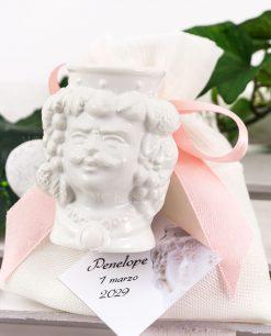 bomboniera testa di moro bianca uomo ceramica caltagirone portapiante su sacchetto bianco con fiocco rosa