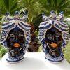 coppia teste di moro nere con decori blu e corona