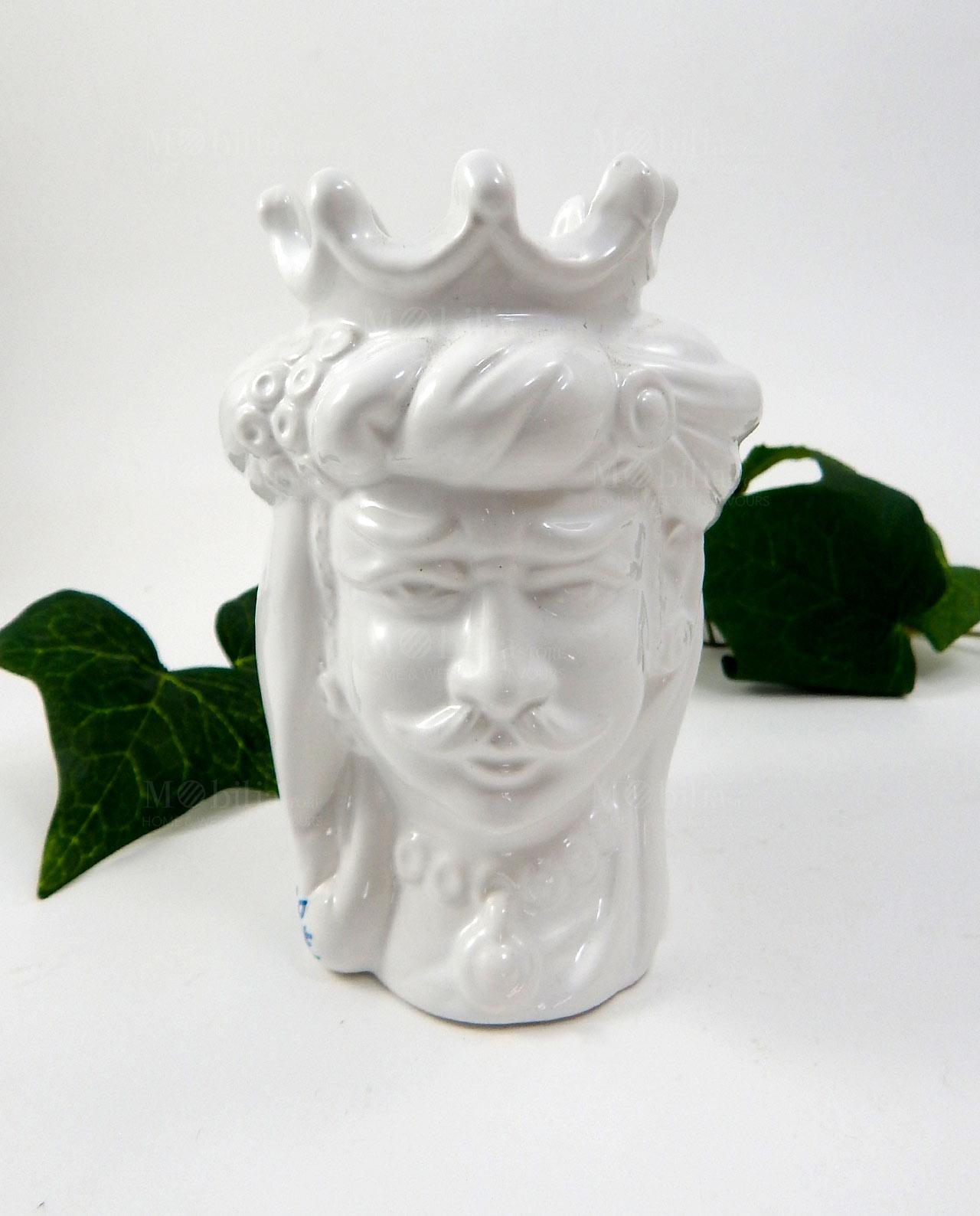 Testa di moro in ceramica di caltagirone bianca re e for Mobilia e un insieme di