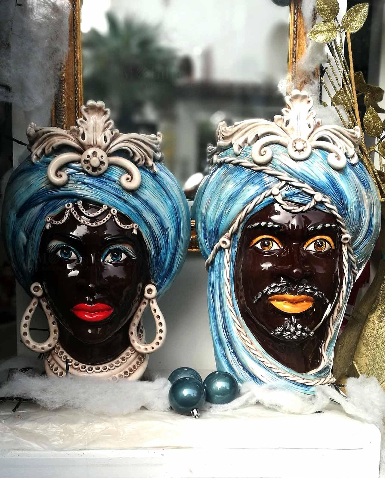 teste di moro nere in ceramica di caltagirone dipinte a mano