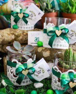 bomboniera portapianta vasetto vetro con ricamo fiocco verde e cuoricino legambiente solidale