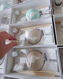 bomboniera profumatore globo porcellana vari colori con fragranza e confetti