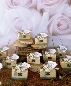 bomboniere cofanetto con fiocco verde chiave legno e semi da piantare legambiente