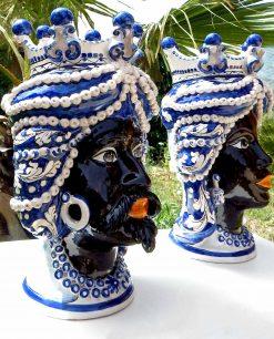 ceramica di caltagirone teste di moro re e regina con corona a bottoni blu