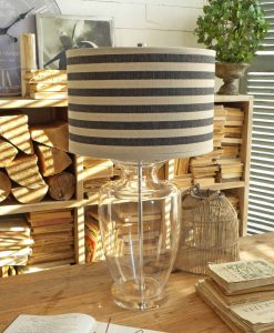 lampada da tavolo in vetro con paralume a righe