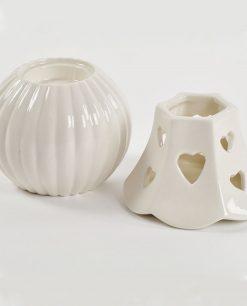 lampada in porcellana bianca con luce led