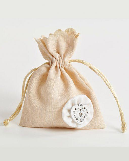 sacchetto con cuore beige