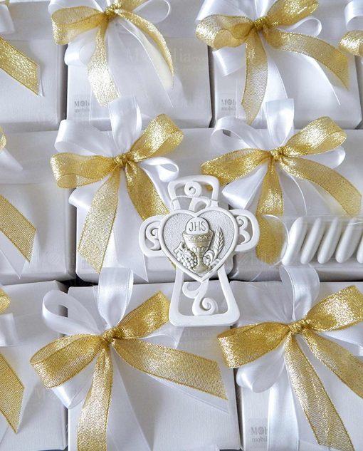 bomboniera icona croce e cuore con calice e ostia doppi fiocchi oro e bianchi