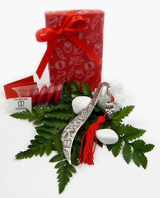 bomboniera segnalibro con gufo tabor con scatola e nastro rosso