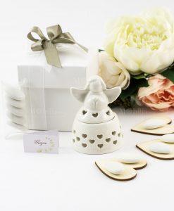 bomboniera scatolina portaconfetti porcellana bianca con angioletto e cuori traforati
