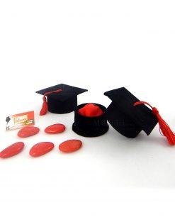 bomboniera scatolina portaconfetti tocco nero con nappina rossa