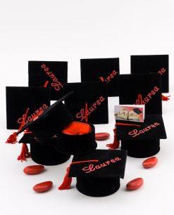 bomboniera scatolina tocco portaconfetti con tulle rosso e confetti